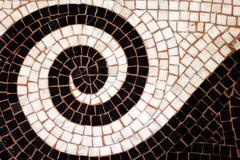 Le plancher de mosaïque a couvert le fond de Galerie Vivienne Paris de passage Photo libre de droits
