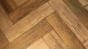 Le plancher en bois dans la chambre est durable images libres de droits