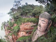 Le plus grand Bouddha en pierre en Chine Image stock