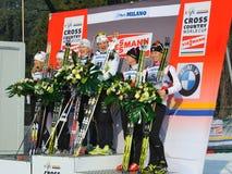 Le podiume dans le chemin de sprint d'équipe de Milan Images stock