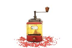 Le poivron rouge avec le vieux moulin de poivre Photographie stock libre de droits