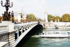 Le Pont Александр 3 в Париже Стоковые Изображения