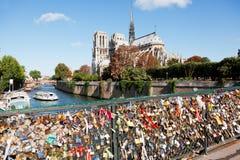 Le pont d'amour, Paris Images stock