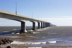 Le pont de confédération dans le Canada Photographie stock