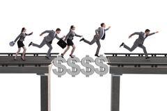 Le pont de croisement du dollar de concept financier Photos stock