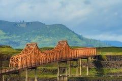 Le pont de Dalles en gorge du fleuve Columbia Image libre de droits