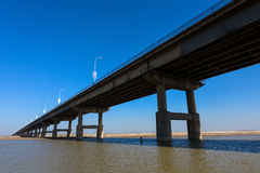 Le pont de la rivière Yellow Images stock