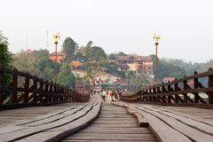 Le pont de lundi du sangkhlaburi, kanchanaburi Images libres de droits