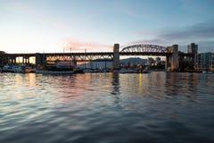 Le pont en rue de Burrard de Vancouver Photographie stock
