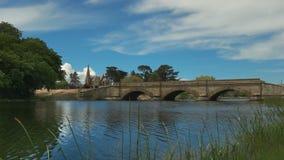 Le pont historique en grès chez ross en Tasmanie, Australie banque de vidéos