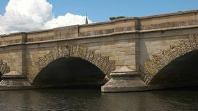 Le pont historique en grès chez ross en Tasmanie, Australie clips vidéos