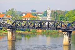 Le pont sur la rivière Kwai, Kanchanaburi, Thaïlande Photos stock