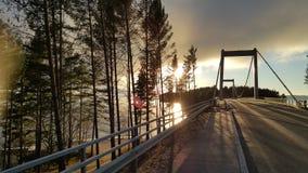 Le pont sur la route au sysma Finlande Photos libres de droits