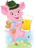 Le porcelet mignon de danse tient le verre et les bretzels de bière Photographie stock libre de droits