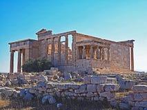 Le porche des cariatides et l'Erecthion à l'Acropole à Athènes, Grèce image libre de droits