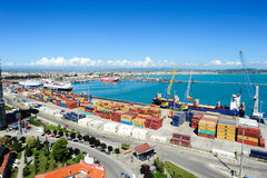 Le port commercial de Durres Photographie stock libre de droits