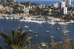 Le port d'Acapulco donnent sur Images libres de droits