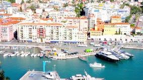 Le port de la Côte d'Azur agréable et clips vidéos