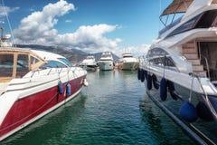 Le port de la péninsule française du Saint-Jean-chapeau-Ferrat sur t image stock