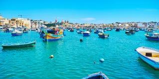 le port de Marsaxlokk photos stock