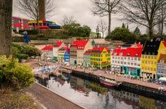 Le port de Nyhavn, Copenhague a fait de Lego photos libres de droits