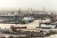 Le port de Rotterdam images stock