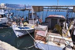 Le port et la nouvelle forteresse de Corfou dans la ville principale fait bon accueil à des revêtements de croisière Photographie stock