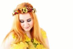 Le portrait de femme d'automne, fille de mode de beauté, a isolé le portrait de studio Images stock