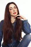 Le portrait de style de vintage de la jeune belle fille avec élégant font Photo libre de droits