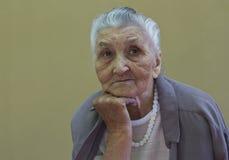 Le portrait de vieille dame image libre de droits