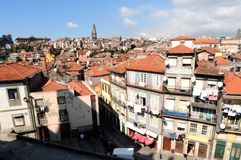 Le Portugal, Porto ; vue de la vieille ville image stock