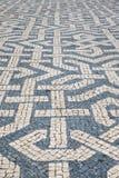 Le Portugal soustraient des modèles de trottoir de tuile comme fond Image libre de droits