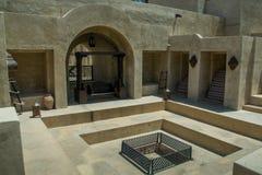 Le posizioni di Bab Al Shams abbandonano la vista araba della località di soggiorno fotografie stock libere da diritti