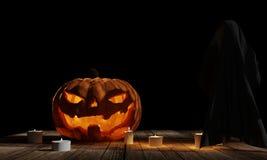 Le potiron de Halloween avec le fantôme aux planches en bois avec la bougie allume a Images libres de droits