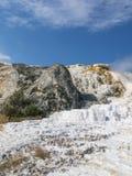 Le pouce du diable et les terrasses gigantesques de source thermale Images libres de droits