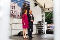 Le président fédéral de l'Allemagne, Frank Walter Steinmeier, et son épouse à un jour de taverne à Bonn, Allemagne Photographie stock