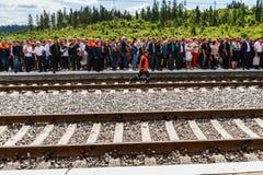 Le Président Poroshenko ouvre le nouveau tunnel de chemin de fer dans les Carpathiens Image stock