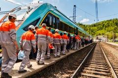 Le Président Poroshenko ouvre le nouveau tunnel de chemin de fer dans les Carpathiens Photos stock