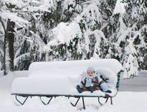 Le premier hiver de Beby Images libres de droits
