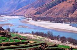 Le premier virage du fleuve de Yang Tsé Kiang, Chine Photographie stock libre de droits