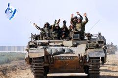 Le prime truppe israeliane che lasciano la striscia di Gaza Immagini Stock Libere da Diritti