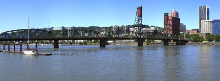 Le profil de passerelle de Hawthorne, Portland OU. images libres de droits