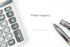 Le projet approuvent le fond de signe Photos stock