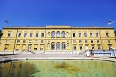 Le public et la bibliothèque universitaire à Neuchâtel Image libre de droits