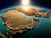 Le Qatar dans le lever de soleil de l'orbite Images stock