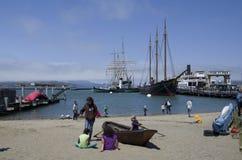 Le quai du pêcheur de bord de mer Photographie stock libre de droits
