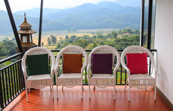 Le quattro sedie immagine stock