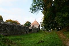 Le règlement à un château médiéval de Trakay Image stock