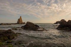 Le récif des sirènes de cap au coucher du soleil Images stock