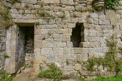 Le réfectoire à l'abbaye d'Easby images stock